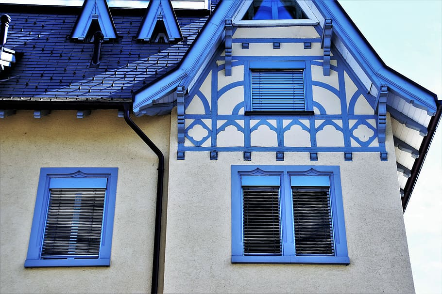 toiture-bleue